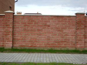 забор демлер из кирпича
